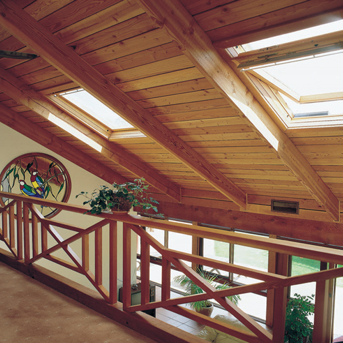 Velux ventana j s rattaro maderas aserradero for Ventana en el techo
