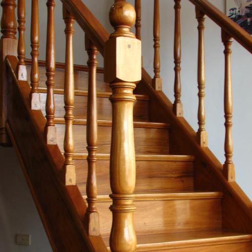 Escaleras De Madera Interiores. Cool Escaleras Madera Casas Diseo ...